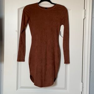 Windsor Long Sleeve Body-con Dress